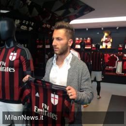 Andrea Bertolacci at Casa Milan